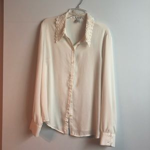Forever 21 lace collar blouse